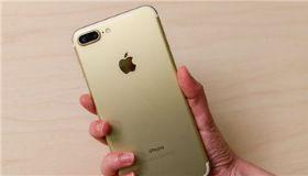 苹果将推三款新iPhone